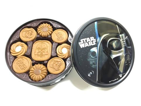 Bourbon Star Wars cookies.